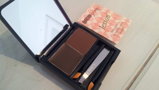 benefit+brow+zings+eye+brow+shaping+kit7-620x350