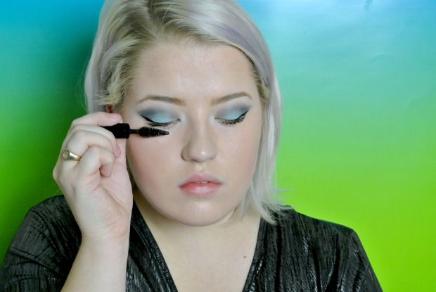 pisces eyeliner mascara